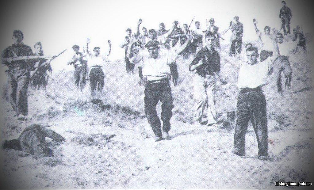 За три года гражданской войны в Испании (1936-1939) погибли десятки тысяч граждан -и республиканцев и франкистов.