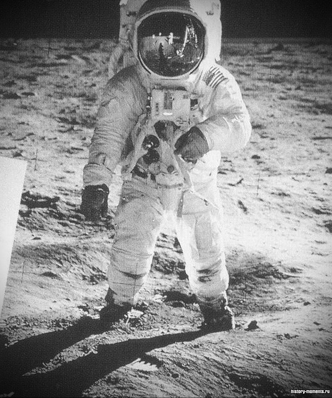 Базз Олдрин на Луне (1969).