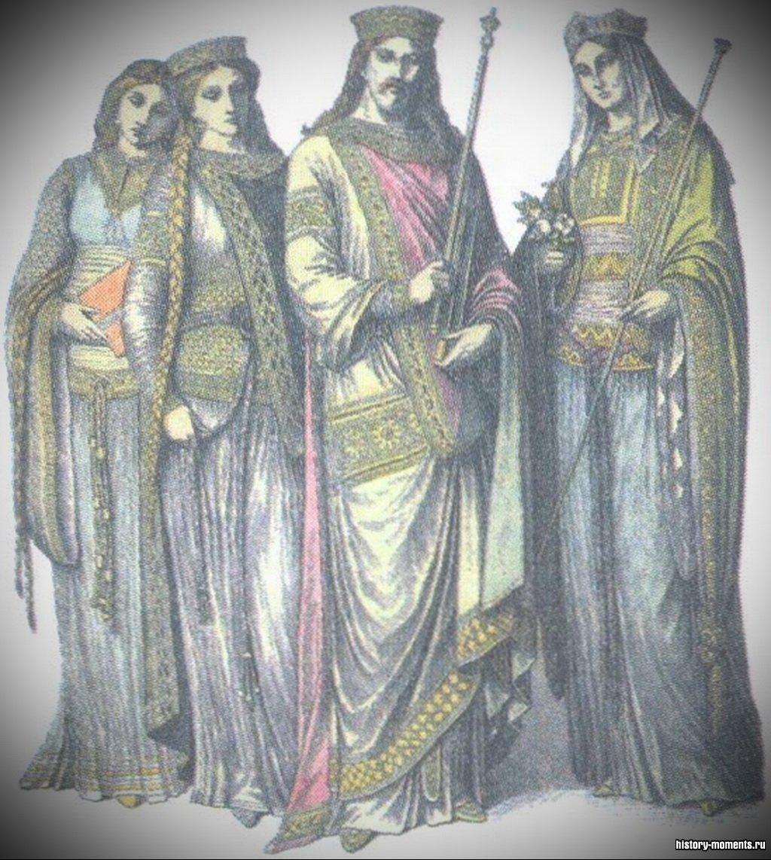 Правление Карла Великого (в центре) принесло Европе период мира и единства после нескольких веков кровопролитных войн.