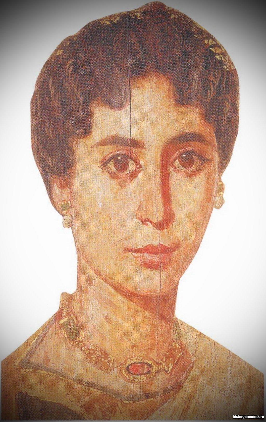 Римский портрет, обнаруженный на одном из саркофагов в Египте, продолжает традицию надгробных изображений умерших.