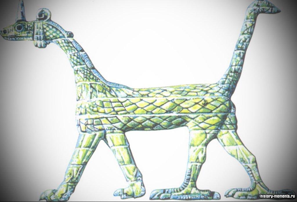 Грифон - символ покровителя Вавилона Мардука, ставший при Хаммурапи верховным божеством всей страны.